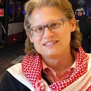 PKK Alman gazeteciyi bıçakladı