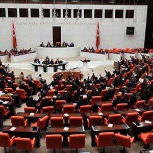 Meclis'te yeni anayasa görüşmeleri başlıyor