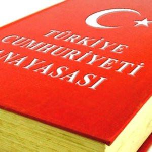 AK Parti'nin anayasası Suriye anayasasına benziyor