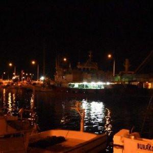 Balıkçı teknesinde şok ! 10 kişi zehirlendi