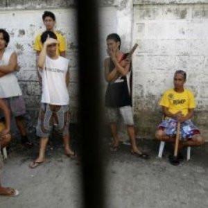 Hapishaneye şok baskın ! 150 mahkum firar etti
