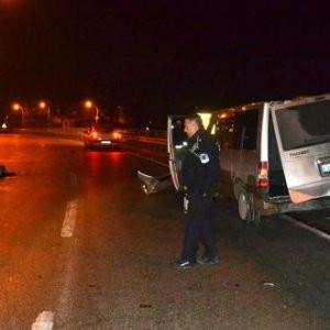 ''Dur'' ihtarına uymayan minibüs kaza yaptı: 1 ölü...