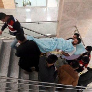 Yaralı PKK'lı adliyeye sedyeyle getirildi