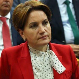 Meral Akşener'in katıldığı toplantıda kriz
