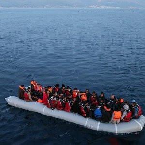 Ege'deki sığınmacı geçişlerinde rekor düşüş