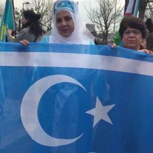 İstanbul'daki nevruz kutlamasında 'bayrak' tartışması