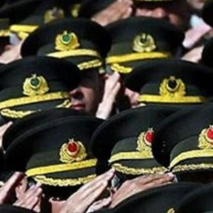 Almanya'ya kaçan asker ve diplomatların sayısı dudak uçuklattı