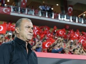 Spor yazarları Türkiye-Karadağ maçında o isme hayran kaldı !
