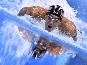 Phelps 2168 yıllık rekoru kırdı !