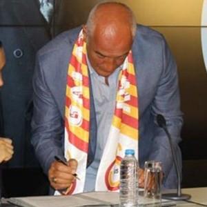 Galatasaray'ın filedeki yeni hocası Nedim Özbey
