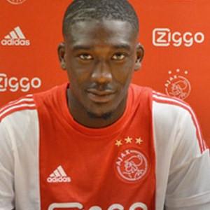 Ajax, Sanogo'yu kiraladı