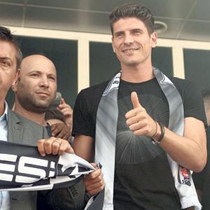 Gomez'in satış hakkı Beşiktaş'ta