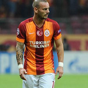 Galatasaray yeniden anlaştı !