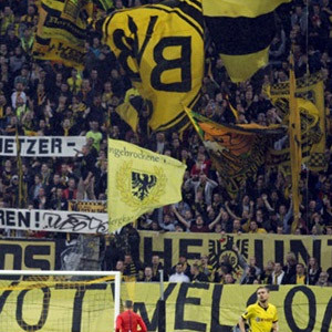 Borussia Dortmund seyirci rekoru kırdı