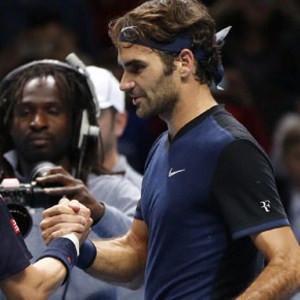 Federer kayıpsız yarı finalde !
