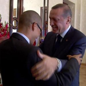 Tayyip Erdoğan Alex'i teselli etmiş