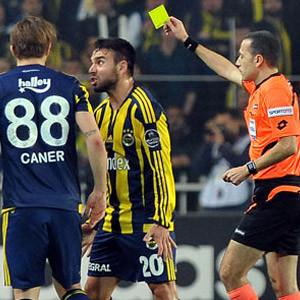 Fenerbahçe'ye 2 kötü haber !