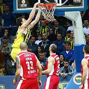 Fenerbahçe dolu dizgin