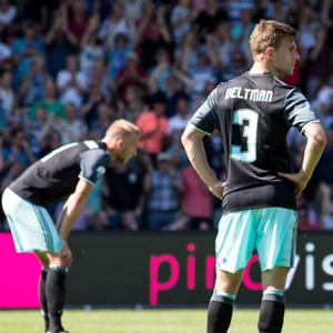 Ajax, şampiyonluğu son maçta kaybetti !