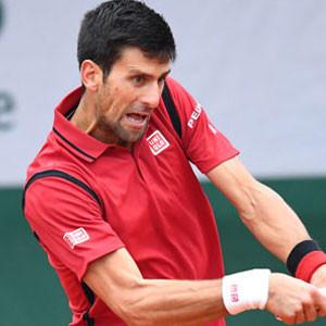 Djokovic yarı finalde !