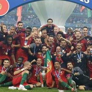 Kupayı Portekiz parayı Fransa kazandı