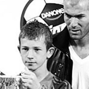 Zidane'dan ödül alan kaleci Altınordu'da