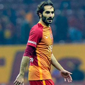 Hamit Altıntop, Çaykur Rizespor'la anlaştı