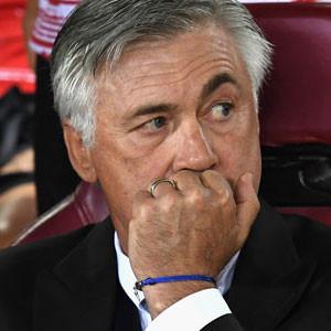 Ancelotti'den taraftarlara olay hareket !