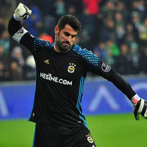 Fenerbahçe'de Volkan Demirel şoku