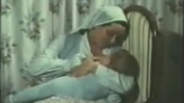 Bülent Ersoy'un emzirdiği bebek ortaya çıktı
