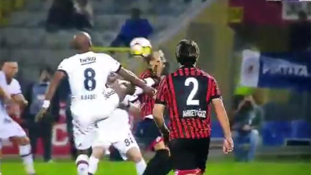 Beşiktaş'ta Babel şoku ! 2 dakikada atıldı...