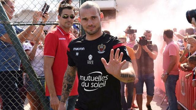 Büyük hayal kırıklığı ! Sneijder...