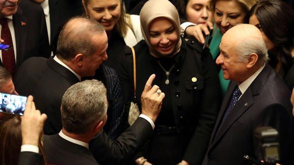 Erdoğan ve Bahçeli arasında dikkat çeken diyalog