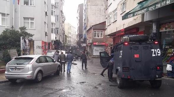 İstanbul'da çatışma çıktı; ölü ve yaralılar var