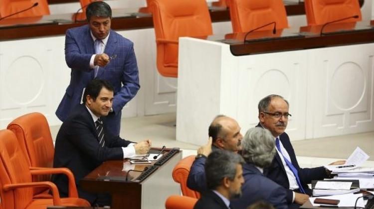 HDP'den MHP'ye komik suçlama