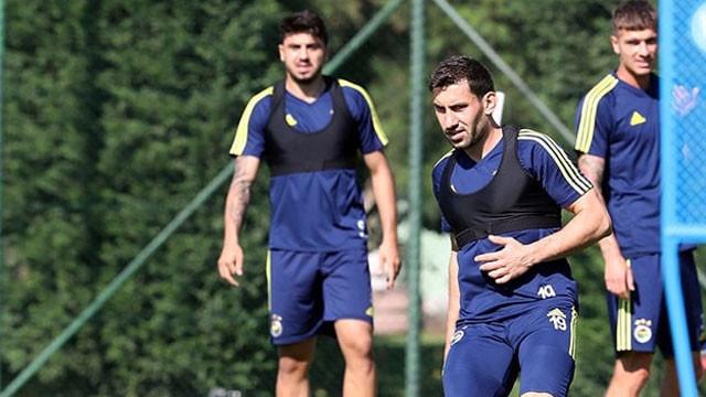 Fenerbahçe'de Şener Özbayraklı sürprizi !