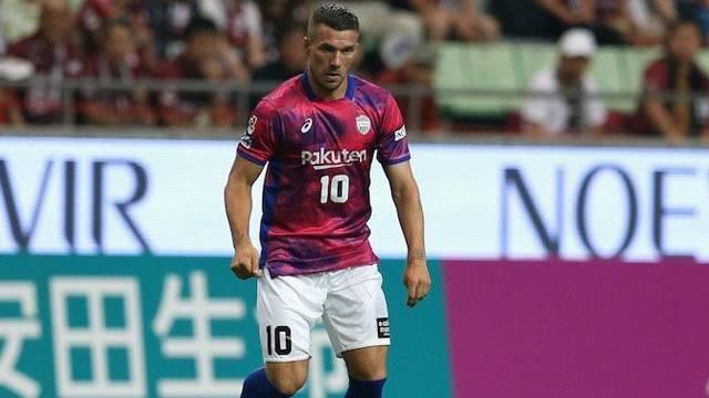 Lukas Podolski Köln'e dönüyor !
