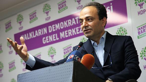 Osman Baydemir'e havalimanında gözaltı