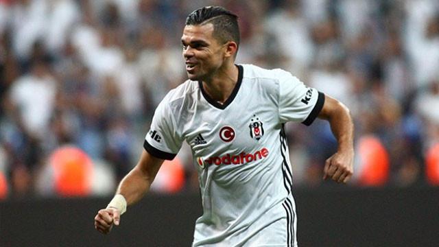 Beşiktaş'ta Pepe kadrodan çıkarıldı !