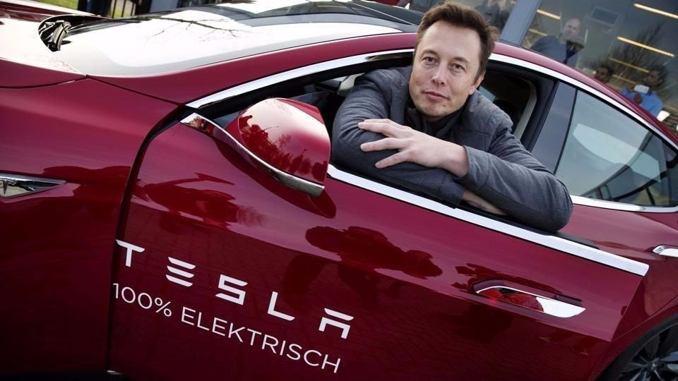 Elon Musk tarih yazıyor ! Bir rekor daha