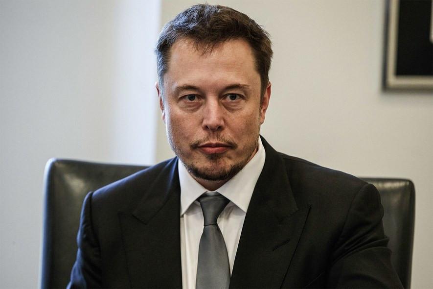 Elon Musk yapay zekaya karşı uyardı !