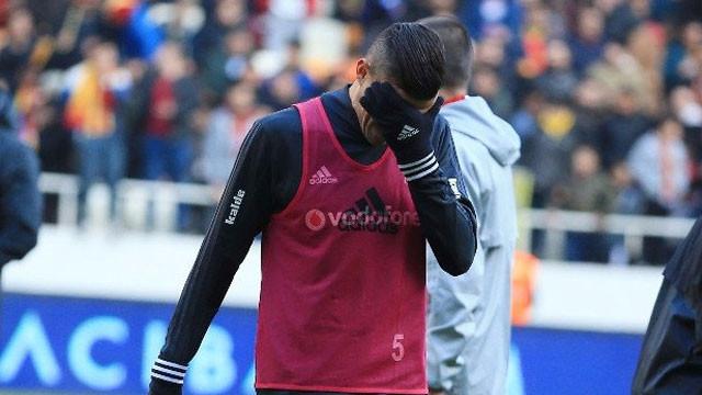 Maça dakikalar kala Beşiktaş'a büyük şok !