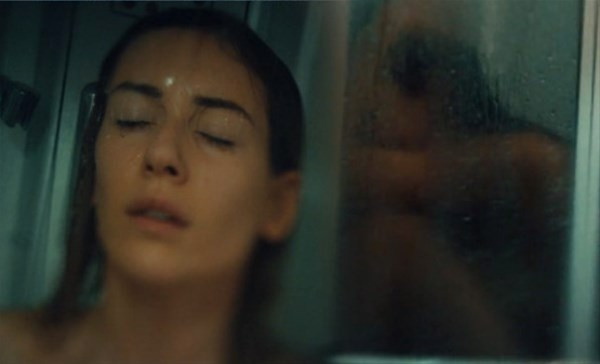 Sinem Kobal'ın çıplak banyo sahnesi de reytingleri kurtaramadı