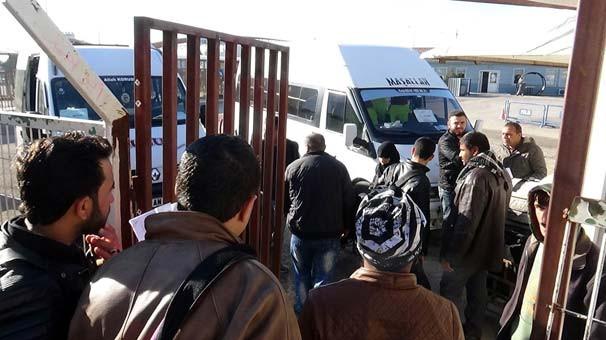 Suriyeliler ülkelerine dönüyor... Bir daha dönmeyecekler