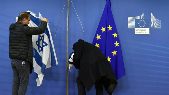 İsrail Başbakanı Avrupa'da umduğunu bulamadı !