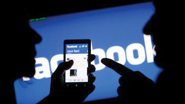 Facebook kendi Blog sayfasında itiraf etti, kullanıcılar şokta