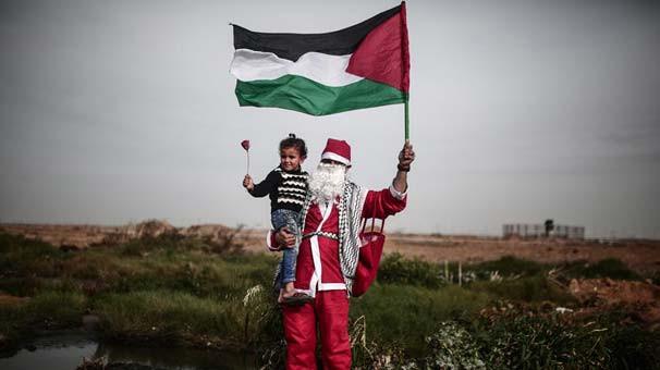 İsrail askerleri ''Noel Baba''yı vurdu !