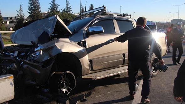 15 Temmuz Şehitler Köprüsü çıkışında kaza: 2 yaralı