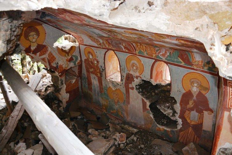 Sümela Manastırı'ndaki restorasyon çalışmalarında bulundu