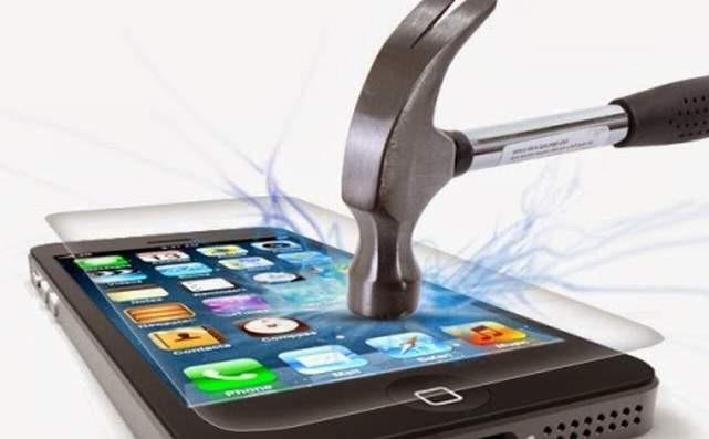 Akıllı telefonlar için ''kırılmaz'' diye satılan ekran filmleri toplanıyor
